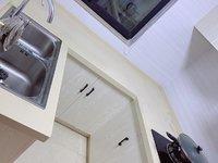 舒适三房 干净整洁 家电家具齐全 拎包入住