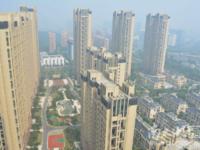 大港御景新城,15楼,四房,楼王位置,179平,310万含车位一个,毛坯,满2年
