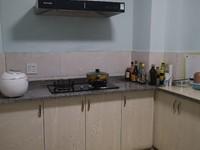 市中心太阳城两室一厅一厨一卫楼层好干净卫生1900租金