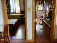 1913独家出售华丰二期4楼68.6平2室2厅中等装修独立自行车库满两年95万