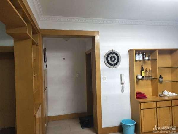 港湖西区 3室2厅1卫 中等装修 独立车库 满2年