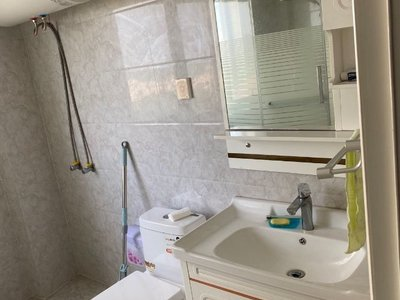 出租太湖丽景1室2厅1卫76平米2500元/月住宅