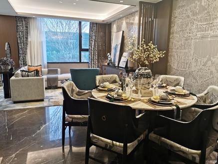 天河理想城联排别墅急售,简单装修,未入住,随时看房,随时咨询