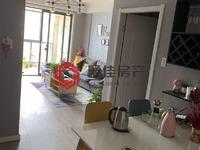 星汇半岛二期15楼76平两室2厅精装修,家具家电齐全,99万看房方便