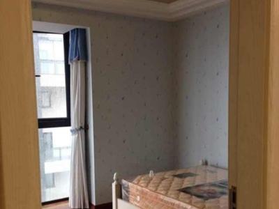 天元颐城三室一厅两卫中装总价包含一个车位,无占用学籍