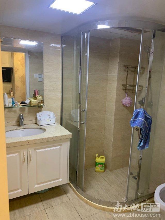 出租翰林世家1室1厅1卫52平米2800元/月住宅