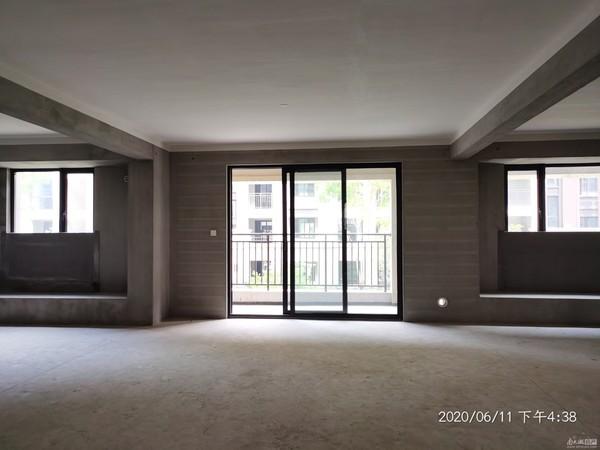 西西那堤毛坯四室二厅户型好景观赞