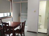 百合公寓1室1厅良装1300/月