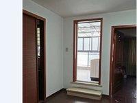 金龙家苑5F带阁楼 精装修三室二厅二卫 独立自行车库