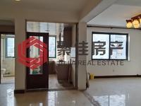 仁皇山庄5楼4室2厅3卫178平方米190万普通装修 有独立车库 学区房 采光好