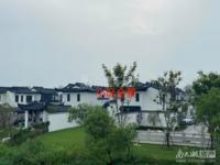 太湖晓荷江南,精装别墅,四室两厅三卫,160平,450万。