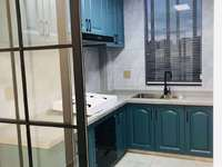 出售东湖家园全新精装带独立车库好房 联系18657256322
