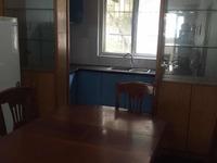 潜庄公寓 三室二厅 106平 精装 空,热,彩,冰,洗,床,家具 2800元