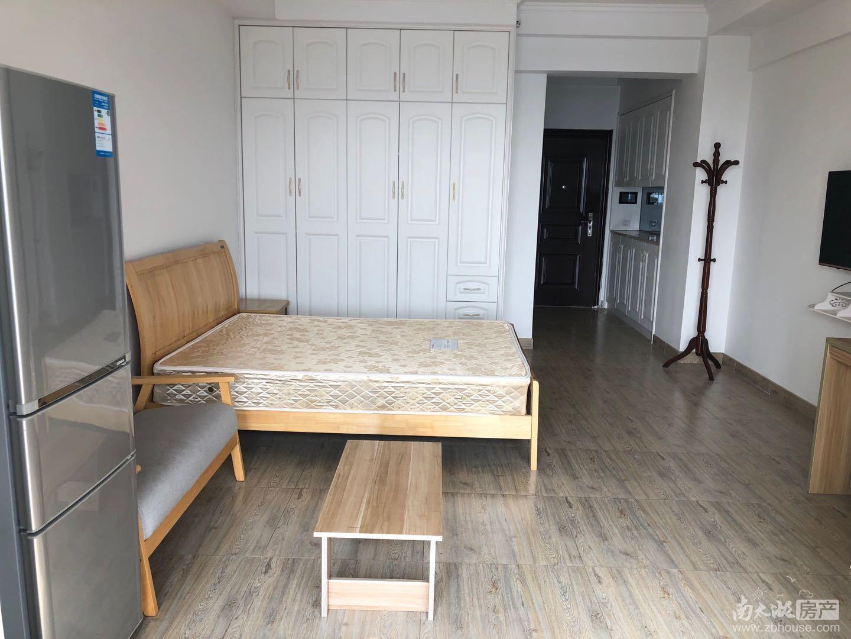 金色水岸 单身公寓 朝南 阳光无遮挡 21楼 精装修拎包入住