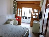 湖东小区4楼55平两室两厅良装可以拎包入住、满五年70万,看房方便独立车库15平