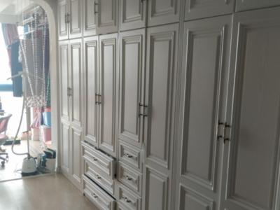 出售:老城区 御龙湾17楼 两室两厅 豪装 86.8平 158.8万