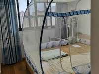 出售:在水一方家园五室两厅,中等装修,跃层总价带卷帘门汽车车库