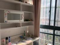 仁皇山庄 三室二厅 117平 精装 空,热,彩,冰,洗,床,家具 2600元