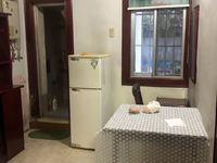 C636吉山三村一楼带院子 47平 两室一厅 中等装修 家电齐全 1200元/月