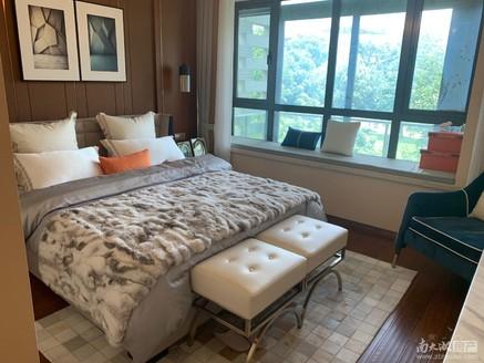 热门二手房源中惠卡丽兰 三天必售 总价低于市场价 因为房东要离开湖州去外地发展!