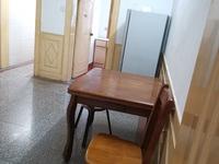 华丰二期 二室一厅 47平 良装 空,热,彩,冰,洗,床,家具 1580元