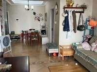 御龙湾 两室两厅 精装修 满两年