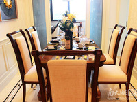 祥生悦山湖一期洋房6楼,123.8方,四房两厅两卫,位置好,售价198万