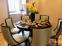 祥生悦山湖,88.7平,3室2厅2卫,毛坯,一口价138万,带产权车位