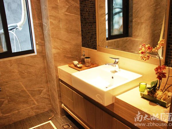 祥生悦山130平4室2厅送11平一楼架空可以直达游泳池总价带车位