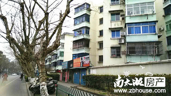 吉山新村,带院子,简装,二室一厅明厨卫