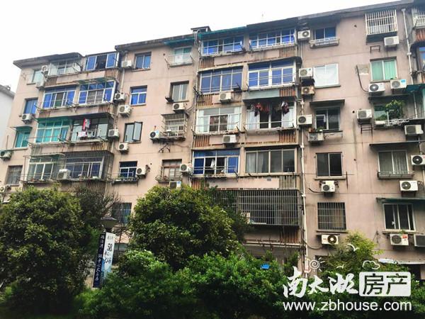 吉山新村 1楼带院子 51平 1室1厅1厨1卫 精装修 干净 拎包入住