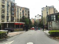 湖景三学区房,含自行车库7.15平,汽车库23平