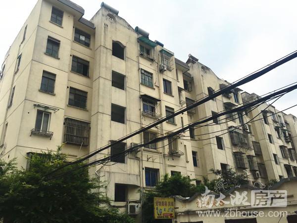 苏家园,车库上一楼,90平,三室二厅,老装修,106万,独立车库