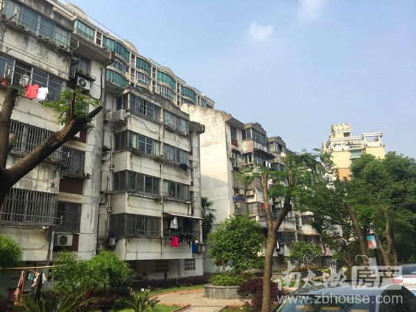 滨河南区3楼二室半一厅较好装修出租