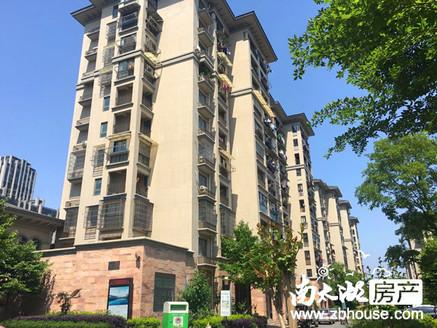 出售,金湖人家精装修,4楼52平,两房两厅一卫,满两年70万,看房方便