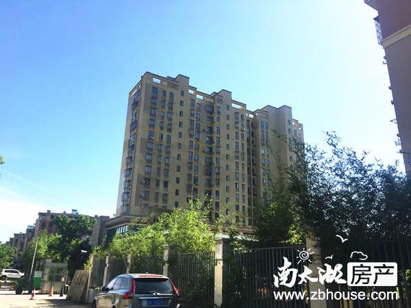 日月城小高层3楼 三室两厅设计 户型正气 居家装修 满2年,学籍无占用