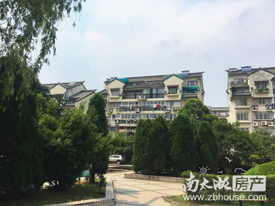 B6001出售碧潮苑2楼,62.5平,良装,车库8平,70万