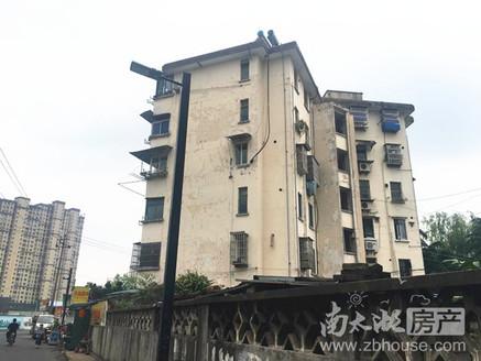 市陌北区 5 6楼 62.5平米 二室半一厅 良装 车库7平米 62.8万