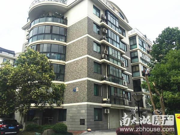 中大2楼 单身公寓精装1400月