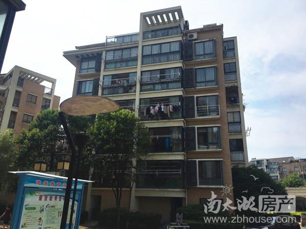 出售:城市之心4房2厅2卫187平米 330万 豪华装修