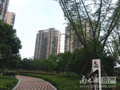 天际花园 21楼精装 急售 直降4万 出租中