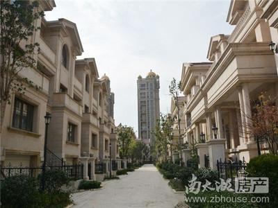 巴黎春天22楼128.36平3室2 厅2卫精装2室朝南报价160万满2年价