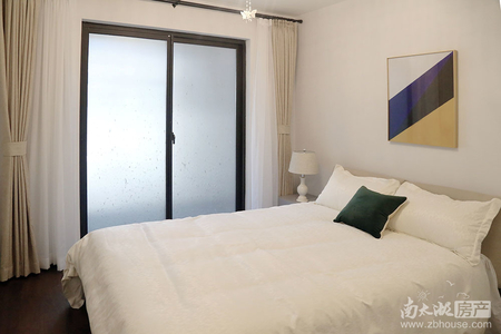 急售名仕府6楼88平米,毛坯三室两厅两卫,带人防车位一个总价125万