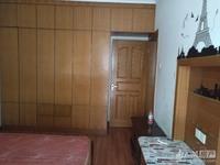 出租河畔居4室2厅1卫145平米3000元/月住宅