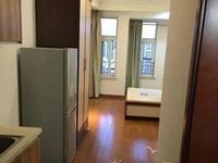 春江名城20楼 22F,37平方,单身公寓,朝南,精装。13757298442