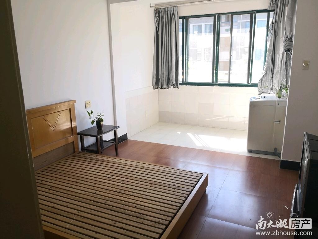 出租青塘北区二楼单间,650元/月。有热水器,空调