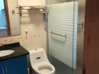 潜庄3楼带阁楼良装2室2厅3台空调另外家电家具齐全