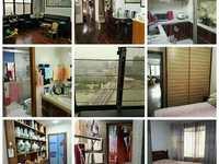 加利广场32楼 114.19平米 3室2厅 精装 带2车位