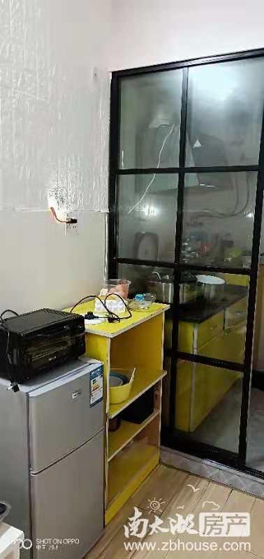 出租月河小区1楼小套40平,1室1厅,精装,家电齐,拎包入住,1500元/月