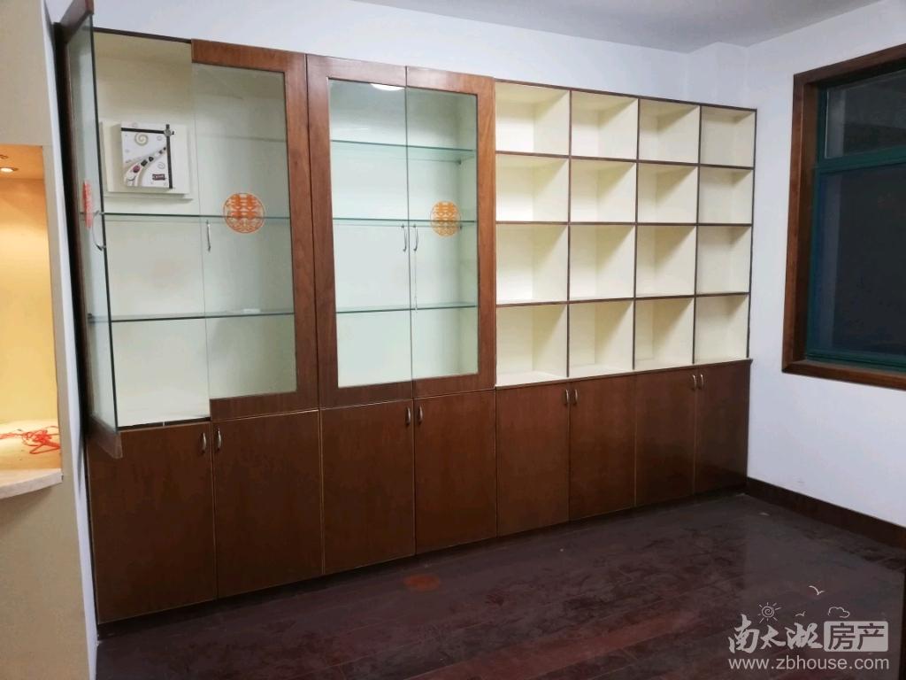 市中心好房出售:竹翠园5楼112平米,三室二厅中等装修,报价130万